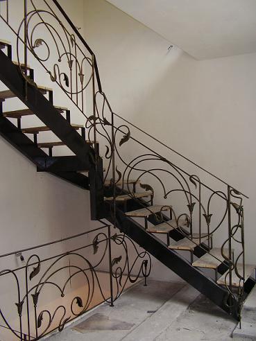 Изготовление металлических лестниц - main