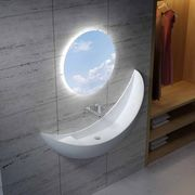 Зеркало - дизайнерское решение и украшение любой комнаты